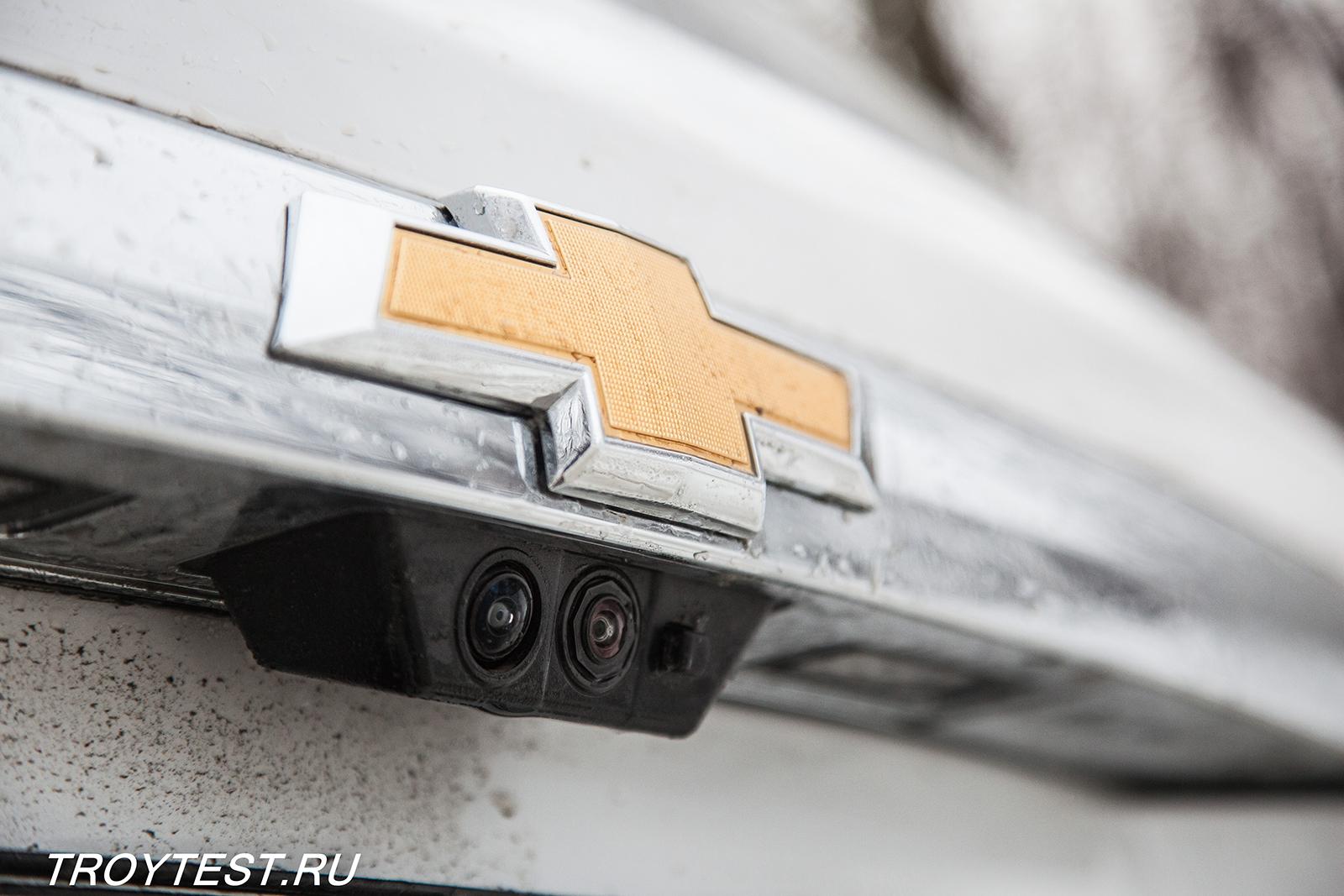 Он вкусно пахнет унисексиком: тест-драйв Chevrolet Traverse 3,6 V6 (318 л.с.) AT AWD
