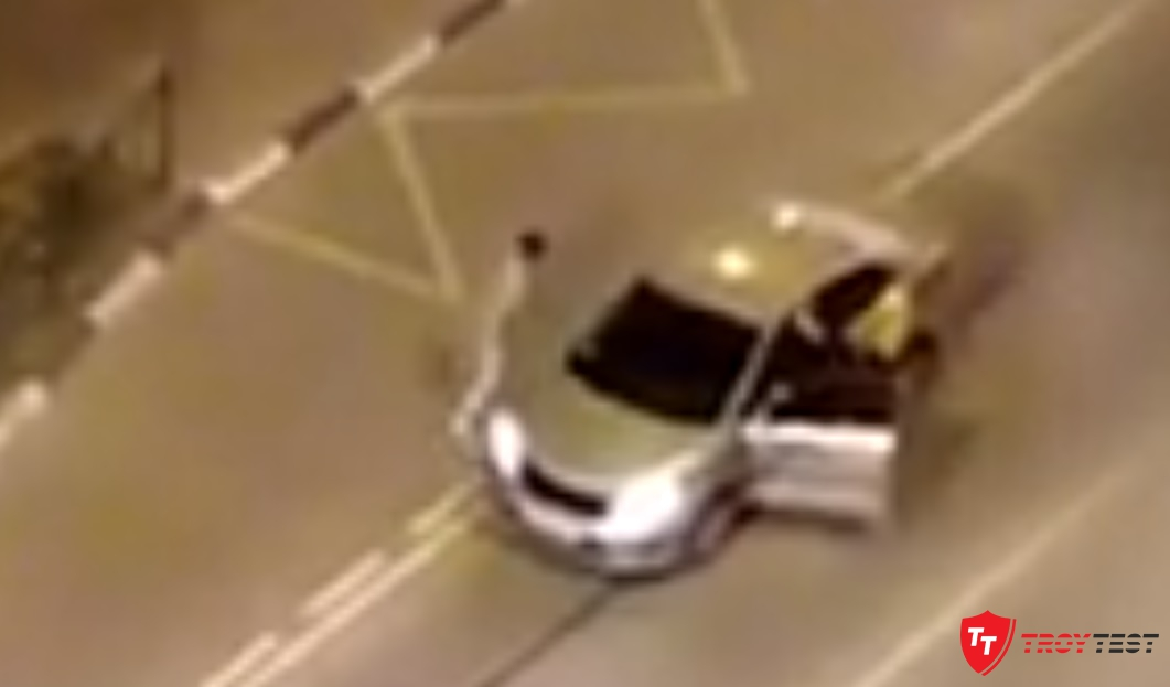 В Пушкино маньяк напал на машины